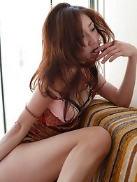Captivating beauty Remi Kawashima enchants with her plump boobs
