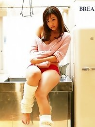 Risa Kudo leggy Asian in her high heels and sheer stockings